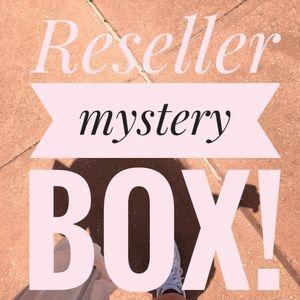 Reseller mystery box (10 items)